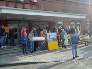 Protest am Bahnhof Cuxhaven