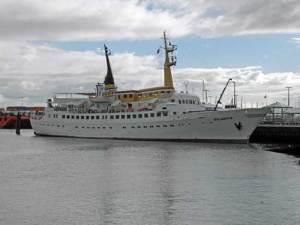 Schiff Atlantis in Cuxhaven