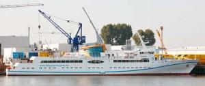MS Helgoland an der Pier der Fassmer Werft