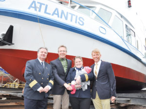die Taufpatin der MS Atlantis in Cuxhaven