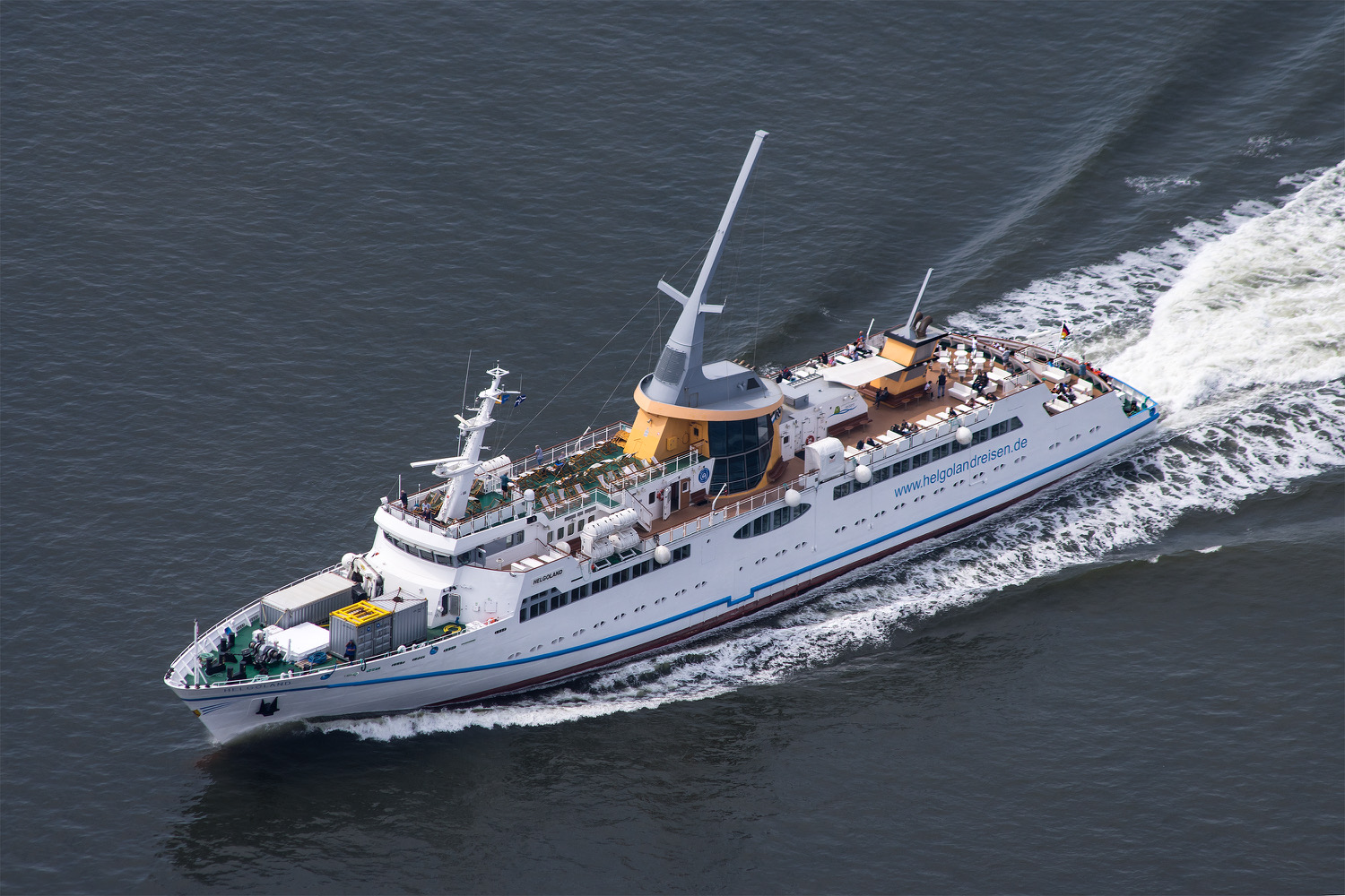 MS Helgoland auf See
